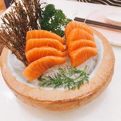 #sashimi #salmon #japanesefood #japanesecuisine #foodie #foodstagram http://w3food.com/ipost/1522623150243685740/?code=BUhcbAdD6Vs