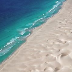 Boa Vista beach from the sky! Ocean Pictures, Paradise On Earth, Amazing Nature, The Places Youll Go, Wonders Of The World, Resorts, Travel Inspiration, Travel Destinations, Beautiful Places