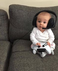 62 New ideas funny baby boy photography children So Cute Baby, Cool Baby, Cute Baby Videos, Cute Baby Pictures, Cute Baby Clothes, Baby Love, Cute Kids, Babies Clothes, Cute Children