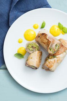 Involtini di pesce spada con salsa al mango: delicati e raffinati. Perfetti per conquistare i tuoi ospiti!  [Swordfish roll with mango sauce]