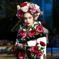 Vogue Reports From Dolce's Couture Showcase