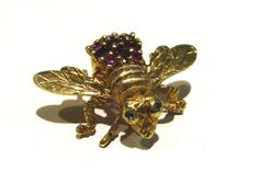 Abercrombie Gems and Precious Metals: 1970's 18k Gold Ruby Bumblebee Pin