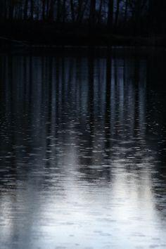 water reflect