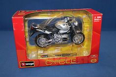#Burago bmw #r11001 1:18 #18-51000,  View more on the LINK: http://www.zeppy.io/product/gb/2/401050323339/