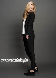 http://www.modekleding.be/Tramontana-Blazer-W26-C07-80-801-Blazer-Punta-Stripe-black