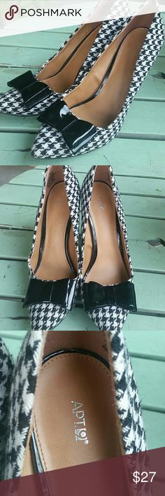 APT 9 Hounds tooth pumps 8 Houndstooth with patent leather bow...very Gwen Stefani; ) Apt. 9 Shoes Heels