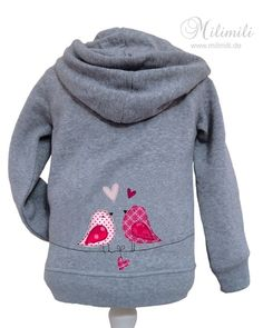 adorable : lovebird applique on the back of a plain hoodie. from milimili.