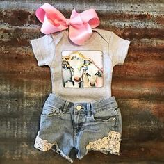 baby outfits Little girl outfits Baby Outfits, Little Girl Outfits, Kids Outfits, Newborn Girl Outfits, Toddler Girl Outfits, Cute Newborn Baby Girl, Baby Boys, Carters Baby, Diy Baby