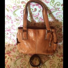 "Selling this ""Authentic Fossil NWOT Shoulder Bag"" in my Poshmark closet! My username is: kurleejo. #shopmycloset #poshmark #fashion #shopping #style #forsale #Fossil #Bags"