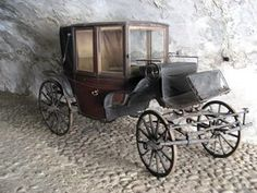 The Antique Carriage Ride - The pull from it was too strong. Before I realized it myself, I had stepped up into the carriage and sat down and carefully closed the door. Vintage Cars, Antique Cars, Horse And Buggy, Horse Carriage, Gypsy Wagon, Horse Drawn, Magic Carpet, Go Kart, Old Pictures