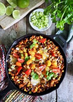One pot wonder - lettvint gryterett - Mat På Bordet Mexican Breakfast Recipes, Mexican Food Recipes, Vegetarian Recipes, Healthy Recipes, Ethnic Recipes, Low Carb Brasil, Tex Mex, Food Porn, Food And Drink