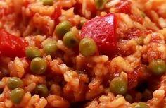 Djuvec Reis ist eine traditionelle Beilage, die auf dem Balkan zu vielen Gerichten serviert wird. Das original Djuvec Reis Rezept finden Sie hier.