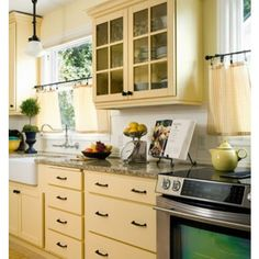 Donna DuFresne Design - traditional - Kitchen - Portland - Donna DuFresne Interior Design