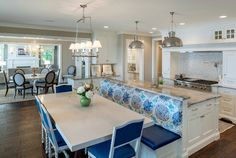 Trendy kitchen island with seating for 4 banquettes Kitchen Island With Bench Seating, Kitchen Island Table, Kitchen Island And Table Combo, Interior Design Kitchen, Kitchen Benches, Kitchen Island With Seating, Kitchen Layout, Kitchen Renovation, Kitchen Design