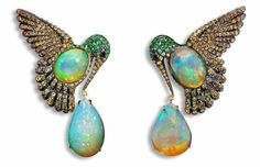 Opal earrings by Lydia Courteille