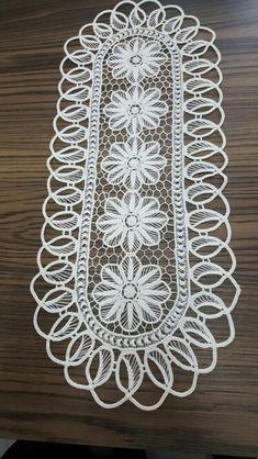 Needle Tatting, Needle Lace, Romanian Lace, Family Drawing, Crochet Lace Edging, Point Lace, Crochet Baby Shoes, Tatting Patterns, Sewing Hacks