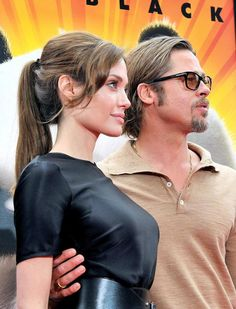 """Angelina Jolie – """"Kung Fu Panda premiere at Grauman's Chinese Theater in Hollywood Angelina Jolie Makeup, Angelina Jolie Movies, Angelina Jolie Photos, Brad And Angie, Brad Pitt And Angelina Jolie, Jolie Pitt, Angelina Joile, Famous Couples, Celebrity Look"""