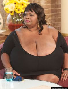 Norma Stitz, Woman With World's Biggest Natural Breasts: 'I'm Human Like Everybody Else' (PHOTOS, VIDEO) - The Huffington Post