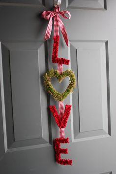 """Sew Totally Smitten: """"LOVE"""" Door Hanger"""