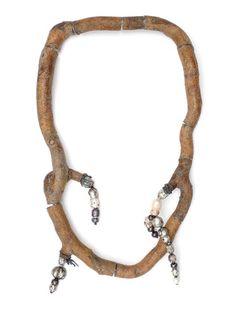 Terhi Tolvanen-  Myrtille d'Automne 2007. Necklace length 70 cm. Wood, silver, faceted pearls, textile. Private collection.