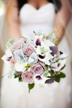 Shannon Leigh Anderson Photography Champaign, Il wedding photographer Central Illinois wedding photography purple, bouquet, roses,