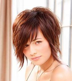 18 coiffures populaires court Edgy pour les cheveux bouclés