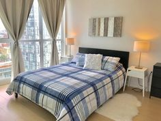 Choose among the best hotels and vacation rentals accommodations near Fort York, Canada.