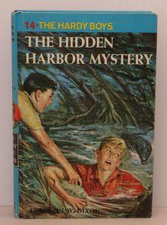 The Hardy Boys The Hidden Harbor Mystery #14 (Hardcover, copyright 1961)