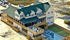 Visiting The Wild Horse Event House A 23-Bedroom Oceanfront In 4x4 Corolla, NC - I WILL get married here