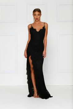 Layali Lace Gown - Black Preorder