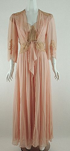 Vintage Peach Silk Chiffon Ecru French Lace Negligee Robe Penoir Set 1930S