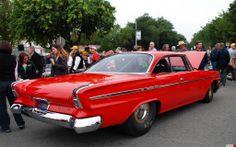 1962 Chrysler Newport hardtop - red - rvr