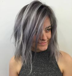 Style inspiration for gray hair color. - - Style inspiration for gray hair color. Gray Hairstyle Models 2019 Top Best Gray Hairstyle ideas and Models for Women and Men Trens Hair Models Gray Ha. Gray Hair Growing Out, Transition To Gray Hair, Dark Hair With Highlights, Silver Highlights, Color Highlights, Ombré Hair, Emo Hair, Girl Hair, Hair Color Balayage