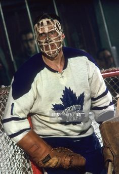 Don Simmons - Toronto Women's Hockey, Hockey Games, Hockey Players, Hockey Room, Hockey Pictures, Sports Pictures, Nhl, Men Of Courage, Maple Leafs Hockey
