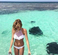 white bikini with bib top Halterneck Bikini, Flounce Bikini, Pool Fashion, Beach Attire, Glamour, Winter Outfits Women, Summer Outfits, Summer Bikinis, Beach Bunny