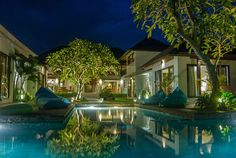 Villa Nelayan