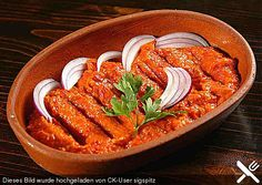 Zacusca de vinete - Eggplant and Red Pepper Spread Best Vegan Recipes, Other Recipes, Favorite Recipes, Healthy Recipes, Chutneys, Confort Food, On The Go Snacks, Romanian Food, Tasty Dishes