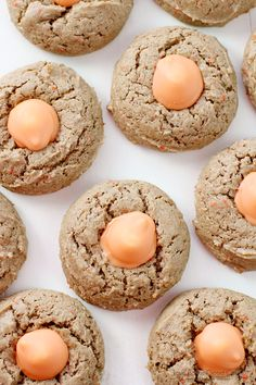 Treat yourself to a favorite spring flavor with these Carrot Cake Blossom Cookies! Carrot Cake flavored cookies with Carrot Cake flavored KISSES! Best Dessert Recipes, Easy Desserts, Cookie Recipes, Delicious Desserts, Dessert Ideas, Spring Recipes, Easter Recipes, Holiday Recipes, Christmas Recipes