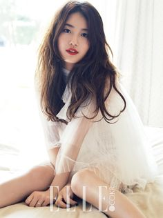 Pictures Of Suzy Bae For Elle Magazine October Issue Bae Suzy, Jung So Min, Miss A Suzy, Elle Magazine, Korean Actresses, Girl Day, Beautiful Asian Girls, Yoona, Asian Woman