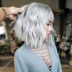 "7,685 Likes, 75 Comments - Linh PhanHAIRSTYLIST,COLORIST (@bescene) on Instagram: ""PLATINUM ICE BLONDE • textured bob. Cut & Color by @bescene. For the color I used all…"""