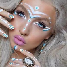 Referenzen music festival makeup coachella That fall they provided the servic Festival Paint, Festival Make Up, Festival Looks, Music Festival Makeup, Festival Makeup Glitter, Show Makeup, Makeup Art, Tribal Face Paints, Neon Face Paint