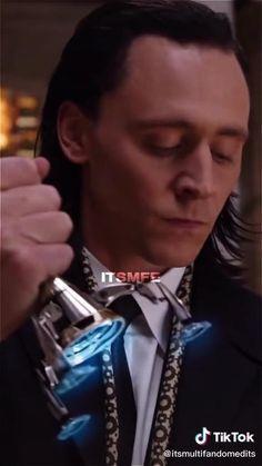 Marvel Avengers Movies, Loki Avengers, Loki Marvel, Marvel Actors, Loki Thor, Loki Laufeyson, Tom Hiddleston Movies, Tom Hiddleston Loki, Loki Funny