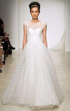 christos meadow size 8 used wedding dress - Nearly Newlywed