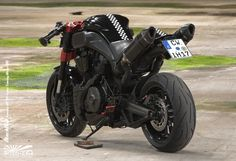 Yamaha MT 01 Black Bull: um touro elegante