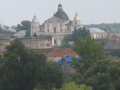 Старе місто.Луцьк.Вид на костел Петра й Павла