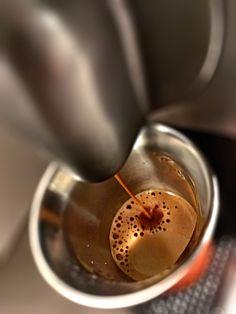 Guten Morgen…im Fieberwahn gesendet #Arpeggio #Kaffe von @Nespresso #whatelse …Danke denen die Krank das Haus verlassen 😡