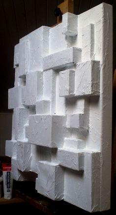 cuadro collage hecho con cajas recicladas