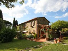 Tuscan Farmhouse Luxury Four Bedroom And Four Bathroom Italian House - Villa Available  I wish to spend my retirement here!