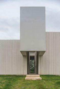 Maison Malecaze by RCR Arquitectes Toulouse, 1970s House, Facade, Entrance, Exterior, Outdoor Decor, Houses, Ranch, Snake