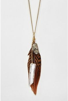 Love the feather!